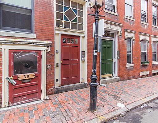 Boston Beacon Hill apartments