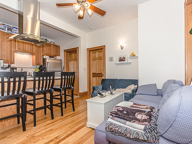Emerson off campus housing – 2 Bedroom – Available 9/1/2020 ask for Broker discount!