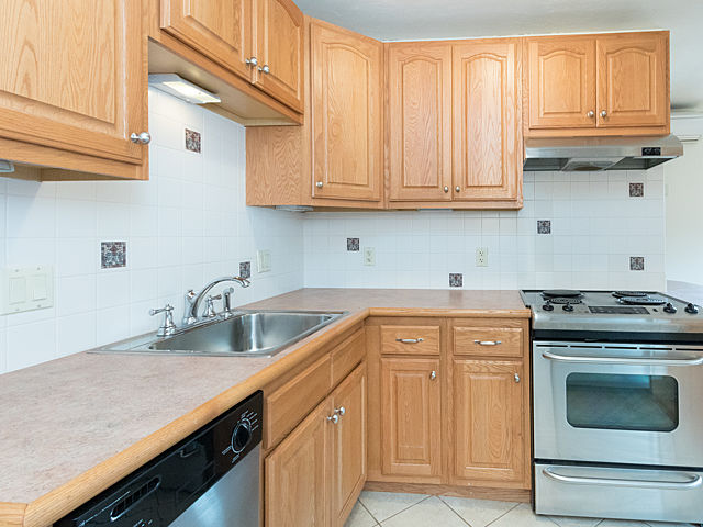 Emerson College Beacon Hill Apartments for Rent